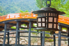 Lantaarn en brug Stock Afbeeldingen