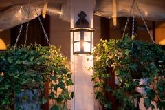 Lantaarn, lamp, decoratie buiten in koffie Stock Afbeelding