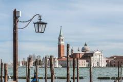 Lantaarn op de achtergrond van de Kerk van San Giorgio Maggiore Royalty-vrije Stock Afbeeldingen