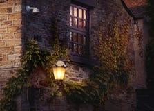 Lantaarn op de muur van huis Royalty-vrije Stock Foto's