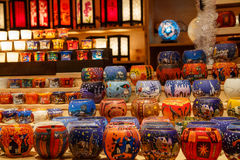 Lantaarn op Kerstmismarkt Stock Foto