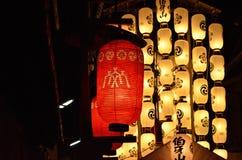 Lantaarns van Gion-festivalnacht, Kyoto in de zomer Royalty-vrije Stock Fotografie