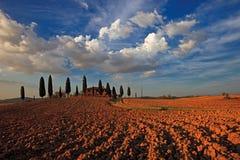 Lantbrukarhem i Tuscany royaltyfria bilder