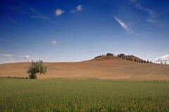 lantbrukarhem tuscan Arkivbild