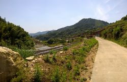Lantbrukby i sydliga Kina Arkivbild