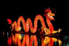 Lanterna chinesa do dragão imagem de stock