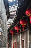 Lanterna cinese rossa in un alloggio tradizionale di Tulou di hakka Fotografie Stock