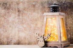 Lanterna com árvore de Natal, decoração do Natal ano novo feliz 2007 Imagens de Stock