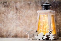 Lanterna com árvore de Natal, decoração do Natal ano novo feliz 2007 Imagem de Stock Royalty Free