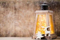 Lanterna com árvore de Natal, decoração do Natal ano novo feliz 2007 Imagens de Stock Royalty Free
