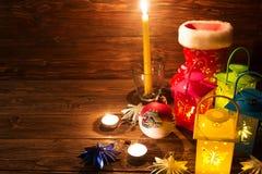 Lanterna com velas, decoração do Natal Imagem de Stock Royalty Free