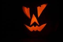 Lanterna de Jack O na noite escura Imagens de Stock Royalty Free