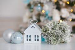 Lanterna decorativa in considerazione della casa Fotografia Stock