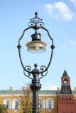 Lanterna della via di vecchio stile a Mosca Kremlin Fotografia Stock