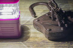 Lanterna e lucchetto immagini stock libere da diritti