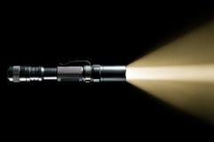 Lanterna elétrica com feixe de luz Imagens de Stock