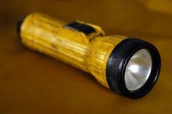 Lanterna elétrica do trabalhador da emergência fotos de stock