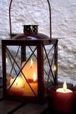 Lanterna em uma tabela Imagens de Stock Royalty Free