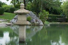 Lanterna giapponese del granito Fotografie Stock Libere da Diritti