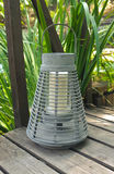Lanterna nel giardino Immagine Stock