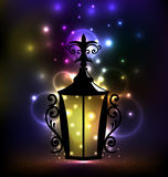 Lanterna árabe do forjamento para Ramadan Kareem Fotos de Stock