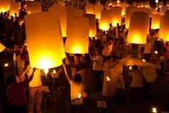 Lanterna tradicional tailandesa do balão de Newyear. Fotos de Stock Royalty Free