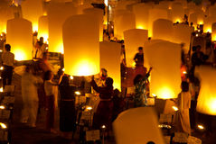 Lanterna tradicional tailandesa do balão de Newyear. Fotos de Stock