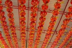 Lanterna vermelha chinesa no templo chinês Imagem de Stock