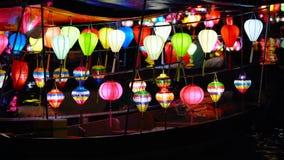 Lanternas bonitas na cidade velha de Hoi An vídeos de arquivo