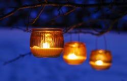Lanternas bonitas na neve Fotos de Stock Royalty Free