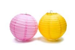 Lanternas chinesas de papel no fundo branco Imagens de Stock