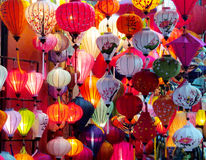 Lanternas culorful asiáticas tradicionais no mercado chinês Fotografia de Stock Royalty Free