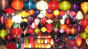 Lanternas de seda em Vietname foto de stock royalty free