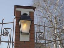 Lanterne électrique pendant la journée Photos libres de droits
