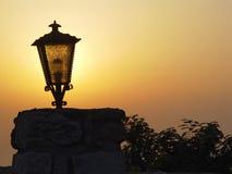 Lanterne au coucher du soleil Photo stock