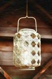 Lanterne blanche de dentelle démodée Fond texturisé Image stock