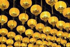 Lanterne cinesi dorate Fotografia Stock