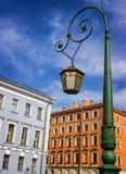 Lanterne décorative dans la partie historique de St Petersburg Image libre de droits