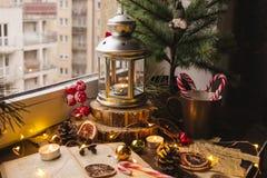 Lanterne de bougie de Noël image stock