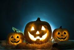 Lanterne de cric de tête de potiron de Halloween Concept de Veille de la toussaint images stock