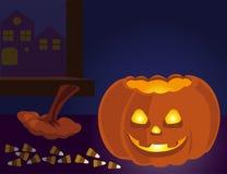 Lanterne de Halloween Jack O avec des sucreries Photographie stock libre de droits