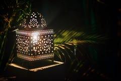 Lanterne de tradition avec le chapelet de luxe photo libre de droits