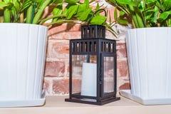 Lanterne de vintage avec une bougie Photos stock