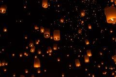 Lanterne del cielo, lanterne volanti Immagine Stock