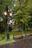 Lanterne di illuminazione di via. Mosca, Russia Immagini Stock Libere da Diritti