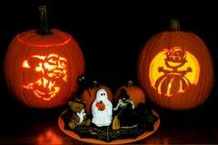 Lanterne di Jack O ed esposizione da tavolo di Halloween Fotografia Stock