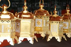 Lanterne dorate giapponesi Fotografie Stock