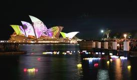 Lanterne e Teatro dell'Opera di Sydney, Australia Immagine Stock Libera da Diritti