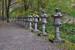 Lanterne en pierre japonaise traditionnelle Images libres de droits