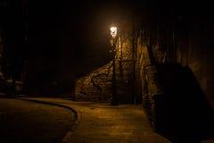 Lanterne et vieux trottoir de brique Photos libres de droits